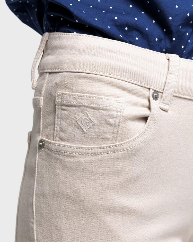 GANT Kadın Krem Slim Fit Twill Denim Pantolon