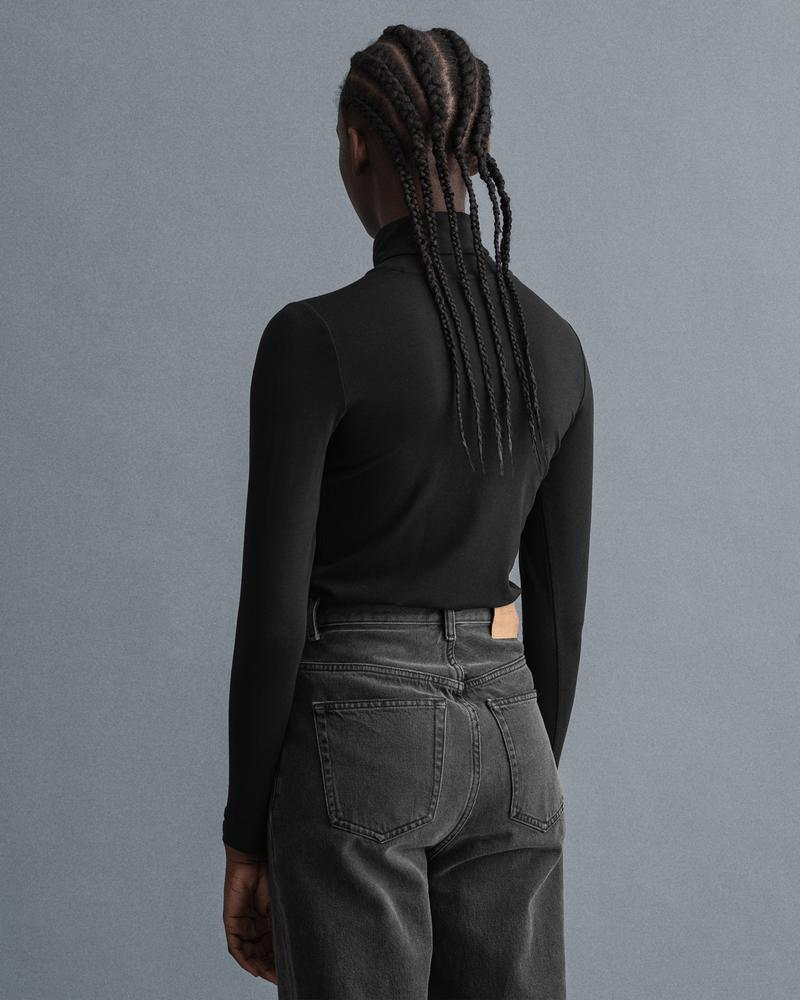GANT Kadın Siyah Regular Fit T-Shirt